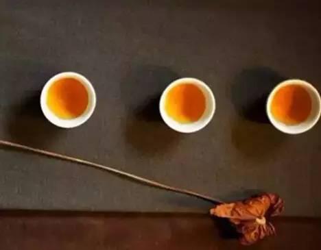 茶为谁清? 酒为谁醉?