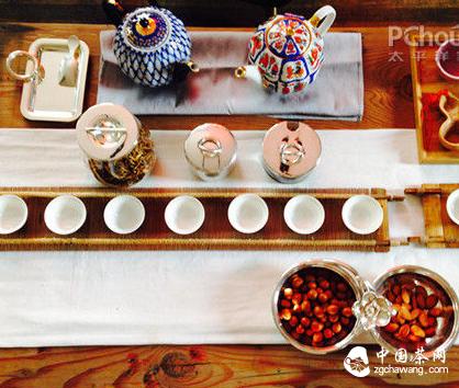 味蕾精神融为一体 古朴优雅茶席布置
