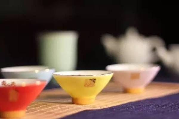心中有道,倒茶就是茶道; 心中无道,茶道就是倒茶