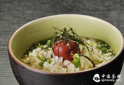 茶泡饭:细水流长的传统养生美食