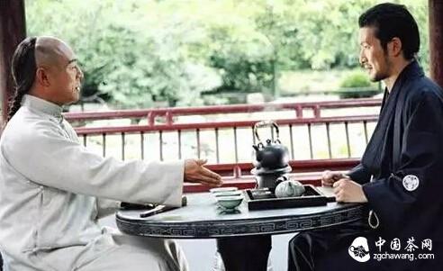 """蹭茶要会""""叩手礼"""",请人喝茶要学会""""伸掌礼"""""""