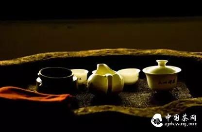 中国茶的起源和茶文化的形成