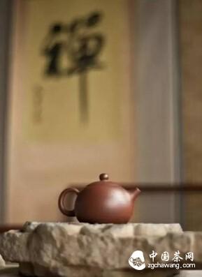 日子半醒半睡,淡如一杯沉静的秋茶