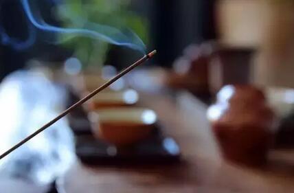 茶有语,需静听