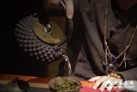 四种常见的冲茶手法,你知道吗?