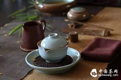 我有一茶席,不求最美但求雅