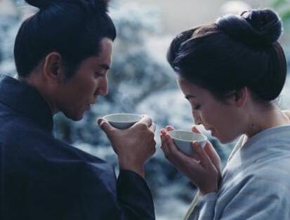 阳光正好,不如来泡一壶茶?