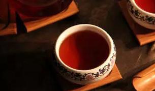"""普洱茶虽有""""千人千味""""之感,但遇对了,它就是你的幸福"""