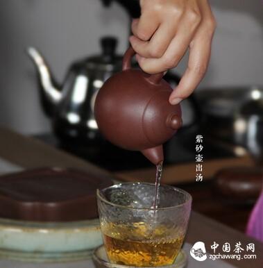 详解紫砂壶冲泡普洱茶的方法