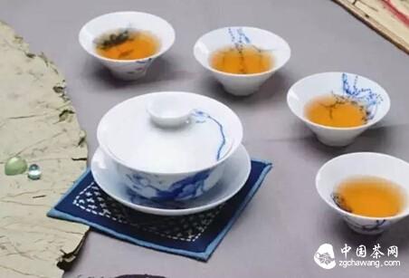 秋心无尘一个人,静享品茶好时光