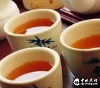 冲泡熟茶与生茶的区别