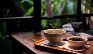 爱着茶,如同爱着一个人